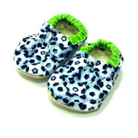 baby soccer shoes soccer booties baby boy shoes toddler soccer shoes green and black soccer balls baby soccer