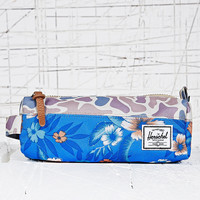 Herschel Settlement Pencil Case in Camouflage and Paradise Print - Urban Outfitters