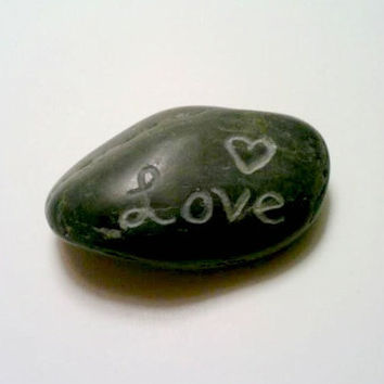 ONE Custom Rock, Personalized Stones, Engraved Rocks, Stone Paperweight