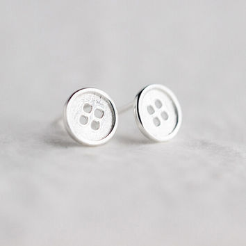 925 sterling silver button Earrings , a perfect gift