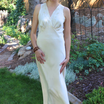 1920's Silk Negligee,  Old Hollywood Gowns, Downton Abbey Clothing,  20s Evening Wear,  Vintage Dresses, Long Silk White Dress, Size Medium