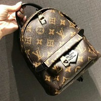 LV Louis Vuitton 2018 New Women's Fashion Backpack Backpack F-AGG-CZDL