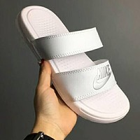 NIKE Trending Women Men Comfortable Splicing Color Flats Slipper Sandals Shoes White I-CSXY