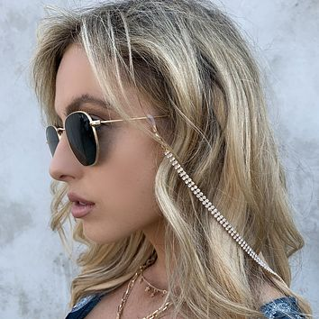 It's Crystal Clear Sunglasses Chain