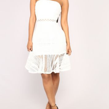 Strapless Crochet Ruffle Hem Fit and Flare Dress in White