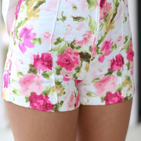 Passion Flower Shorts - Pink