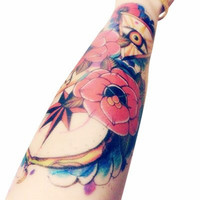 2pcs Body Art Makeup Sexy Triangle Eyes Tattoo Waterproof Temporary Tattoo Stickers