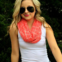 BEACHY BREEZE INFINITY SCARF - CORAL