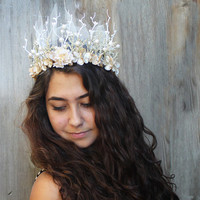 Pearl and Gold Flower New Year's Eve Crown - Pearl and Gold Flower, Gold and Pearl Woodland Headdress. Costume, Headpiece, Floral Crown