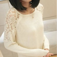 HOLLOW OUT LACE ROUND NECK SWEATER