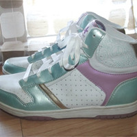 Vintage 80s Pastel Ladies High Top Leather Sneakers Sz 11 ATHLETECH Womens Tennis Shoes Aqua White Pewter Lavender