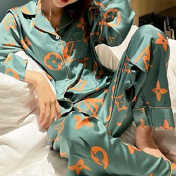 Louis Vuitton Lv Fashion Woman Print Pajamas Leisure Wear Two Piece