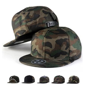 Trendy Winter Jacket Camo Snapback Caps 2017 New Hip Hop Hats For Men Women Camouflage Baseball Cap Style AT_92_12