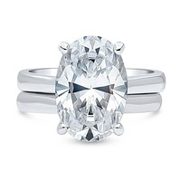 A Flawless 5.8CT Oval Cut Russian Lab Diamond Solitaire Bridal Set