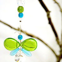 Cute Car Accessories Rear View Mirror Charm Green Butterfly Easter Ornament Crystal Suncatcher Window Charm Hanging Crystal Decor Kids Gift