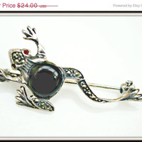 Sterling Silver Marcasite  Frog Brooch with blackbody and red eyes