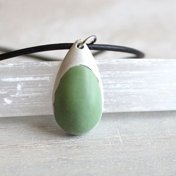 Teardrop necklace - mint green and white