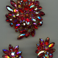 1950s Large Size Set with Fiery Red Rhinestones-Unusual Color