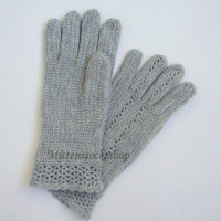 Hand knitted Gloves With Fingers.Gift for woman.Spring/Autumn/Winter gloves.Gray gloves with fingers.Gift idea.Ready for shipment