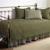 Twin size 5-Piece Daybed Cover Set in Aloe Green