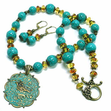 Blue Green Turquoise Magnesite Amber Resin Bird Tapestry Necklace Set