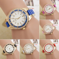 Women's fashion Roman Numerals Dial Crystal Gold Alloy Bracelet Quartz Cute Wrist Watch = 1956625348