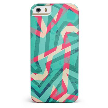 Trippy Retro Pattern iPhone 5/5s or SE INK-Fuzed Case