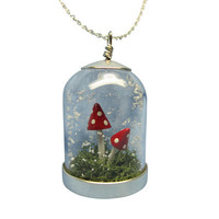 Toadstool snow globe necklace by RomanticEccentric on Etsy