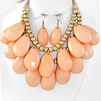 Peach and Gold Chunky Tear Drops Necklace