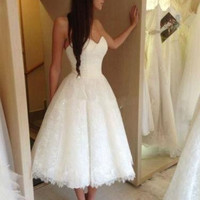 Fitted A-Line Sweetheart Tea Length Lace Little White Wedding Dresses Discount Bridal Dresses