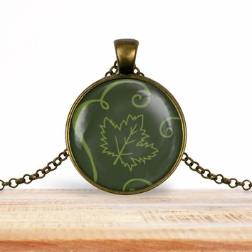 Woodland leaf pendant necklace, choice of silver or bronze, key ring option