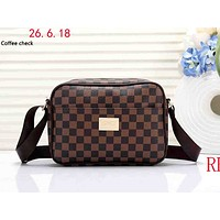 LV tide brand men and women classic old chess board single shoulder diagonal handbag Coffee check