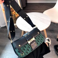 Dior 2019 new retro broadband saddle bag shoulder bag