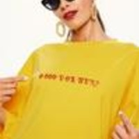 Missguided - Yellow Oversized Slogan T Shirt Dress