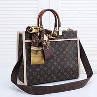 LV Louis Vuitton large-capacity women's shopping bag handbag shoulder bag