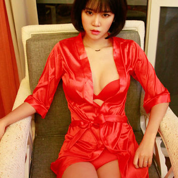 Short Silk Robe - Red - I know you wanna kiss me. Thank you for visiting CHUU.