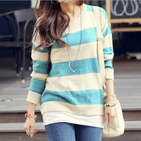 Simple spell color stripe pullover BCCC from MegaFashion