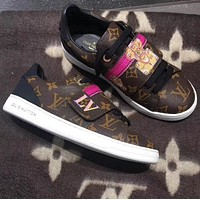 LV Louis Vuitton Popular Woman Leisure Flats Sport Shoes Sneakers Coffee LV Print I-ALS-XZ