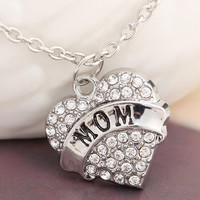 [Mother's Day] New Love Crystal Heart Mom Pendant Necklaces,Mother's day gift for Mother Mom Necklace
