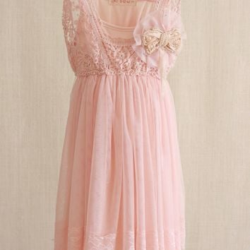 Vintage Lace Chiffon Dress with Brooch