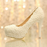 White Flowers High Heels