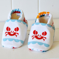 """Organic """"Crab"""" Shoes - NB to 4T"""