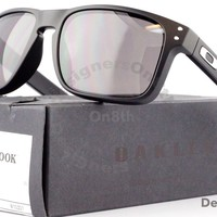 New Authentic OAKLEY Holbrook Sunglasses OO9102-01 Matte Black Auction