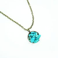 Natural stone necklace, natural stone resin jewelry, tyrquoise necklace, turquoise jewelry, round necklace, antique bronze necklace