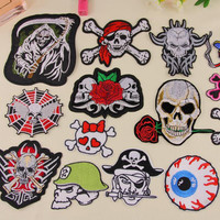 Gothic Punk Skull Rose Flower Sew Embroidery Iron On Patch Badge Embroidered Fabric Clothing Bag Sewing Applique Supplies