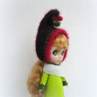 Blythe hat soft and fluffy, knitted hat for blythe doll, blythe helmet, blythe outfit, blythe gnome hat, pixie hat, beanie