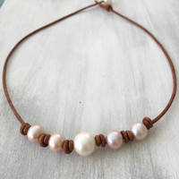Knotted leather freshwater pearl necklace, leather and pearls,pink pearls,freshwater pearls, pearls on leather, bridal jewelry
