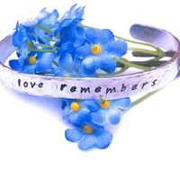 Dementia awareness | Remembrance gift | Memorial jewellery | Alzheimers awareness | Dementia aware bracelet | Baby loss gift | Miscarriage