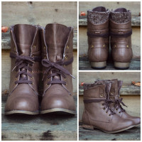 Pinedale Brown Sweater Lace Up Ankle Boots