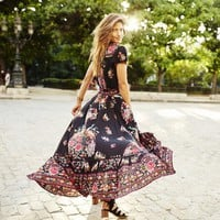 Boho Chic Floral Flowing Dress